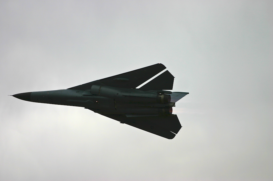 F-111 In Flight [ EF 70-200mm 1:4 L ]