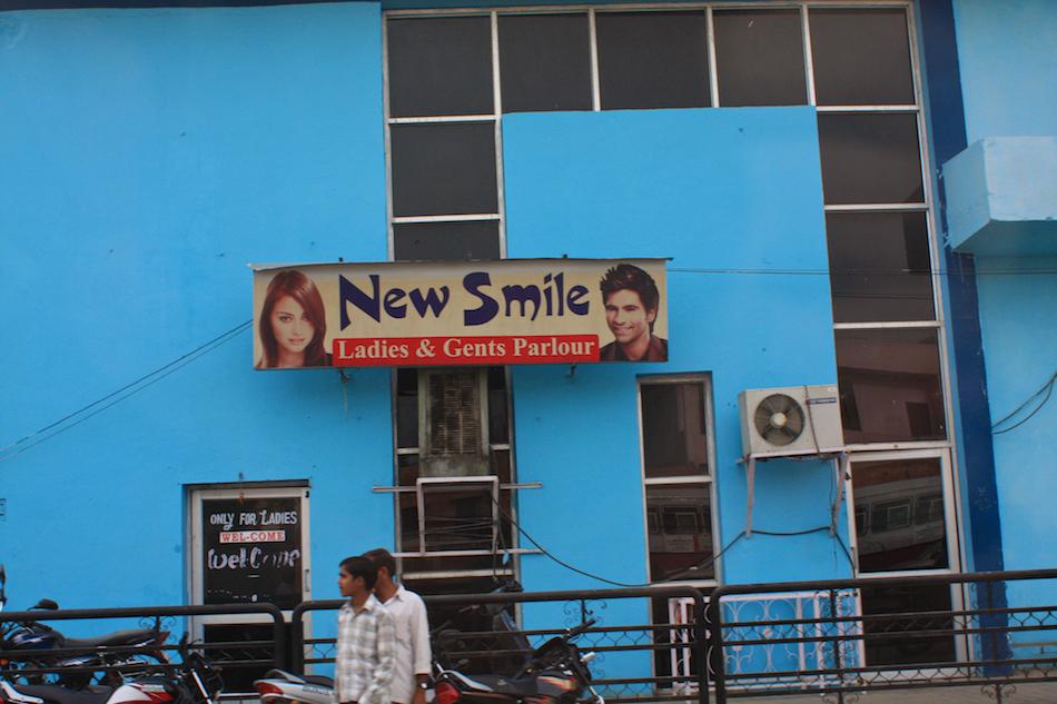 New Smile [ EF 28mm 1.8 ]