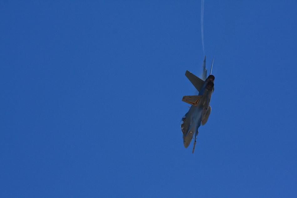 F/A 18 Hornet [ EF 70-200mm 1:4 L ]