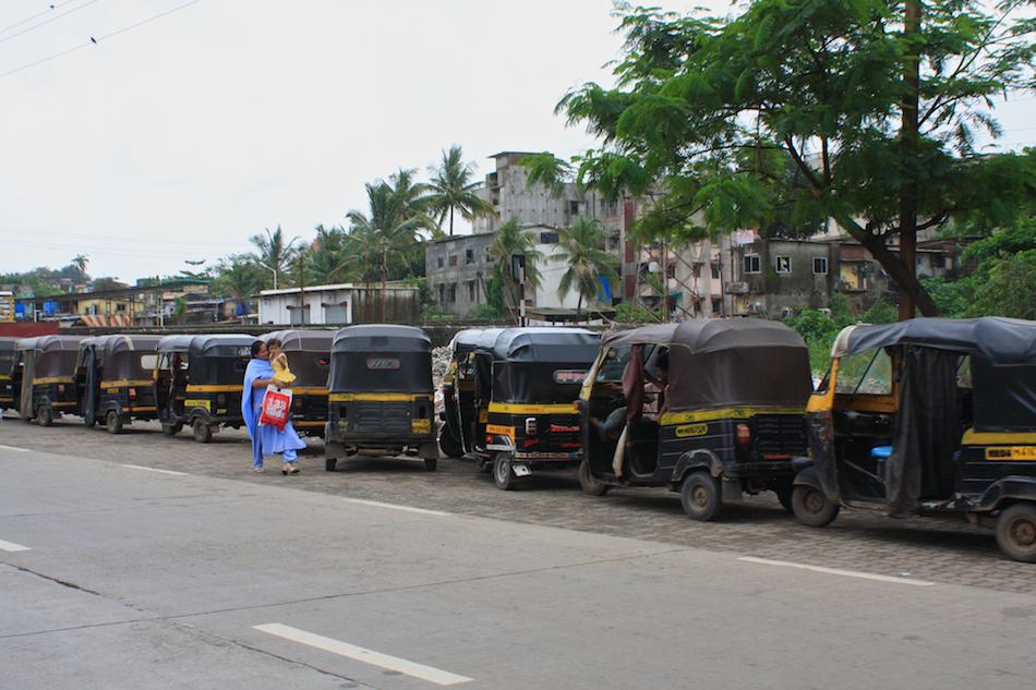 Rickshaws [ EF 28mm 1.8 ]
