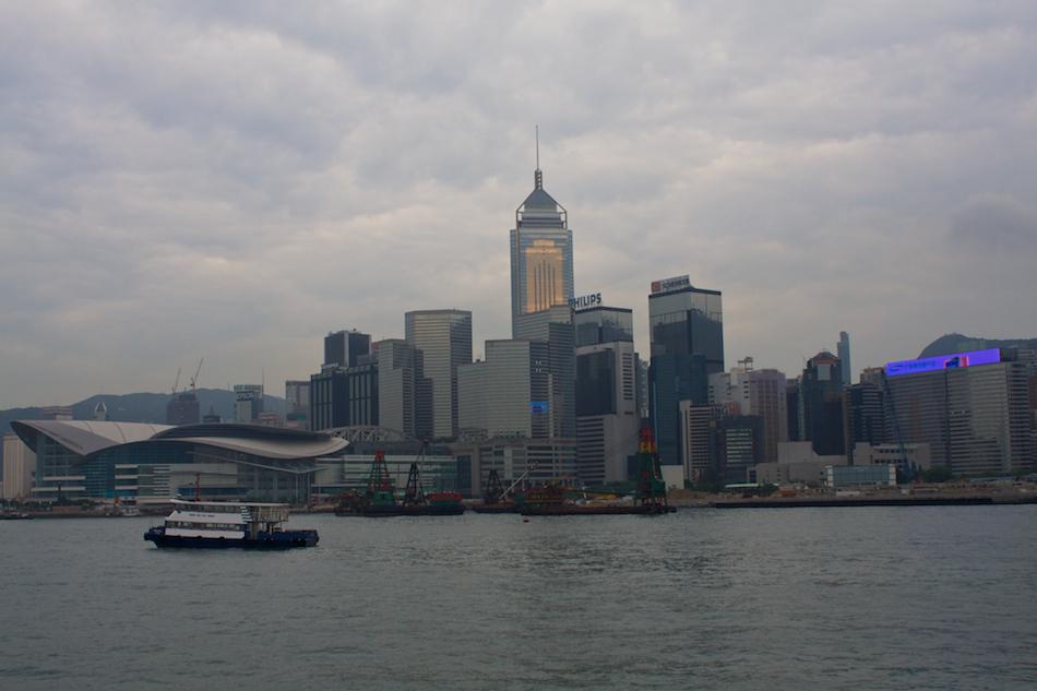 Hong Kong Towers [ EF 28mm 1.8 ]