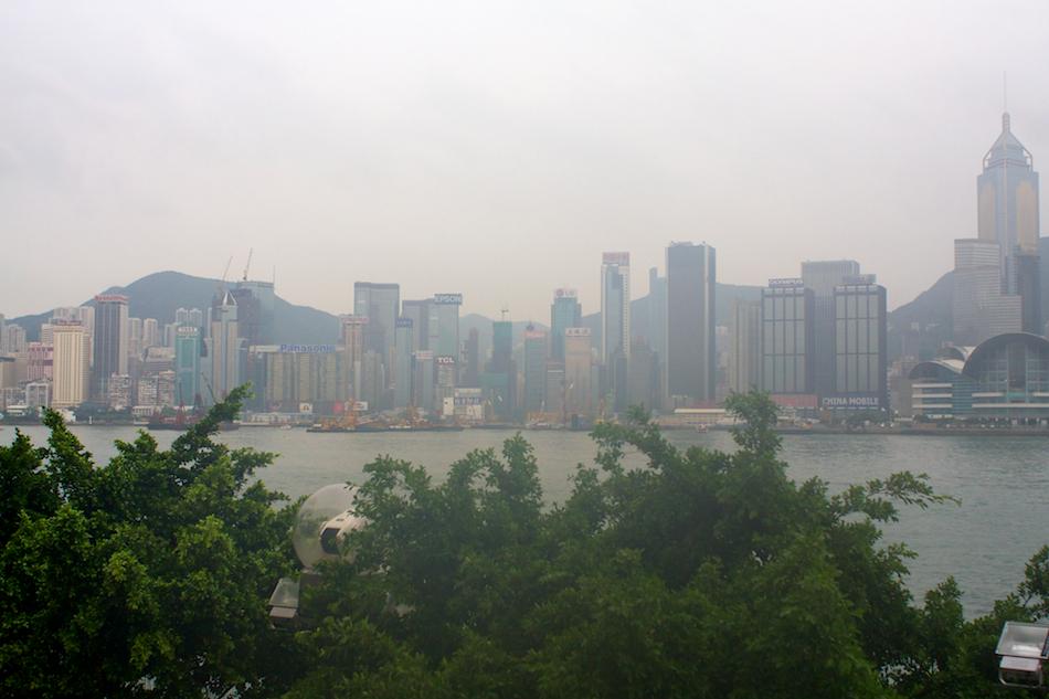 Hong Kong Rain [ EF 28mm 1.8 ]