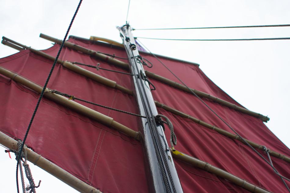 Mast [ EF 28mm 1.8 ]