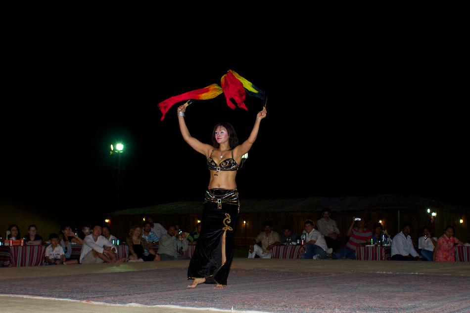 Raqs Sharqi (Oriental Dance) [ EF 28mm 1.8 ]