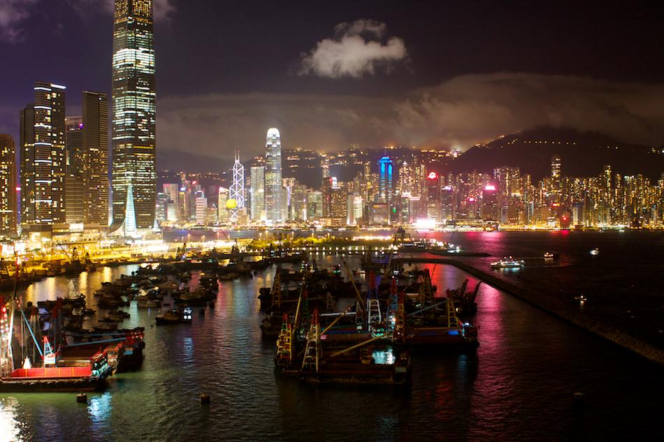 Hong Kong Skyline [ EF 28mm 1.8 ]