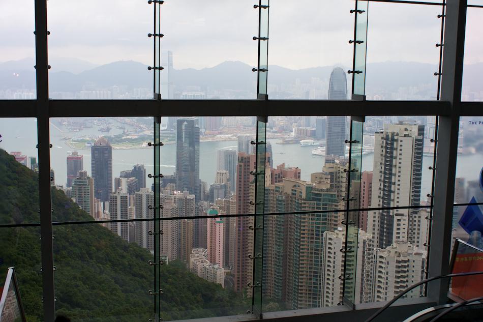 Window View [ EF 28mm 1.8 ]