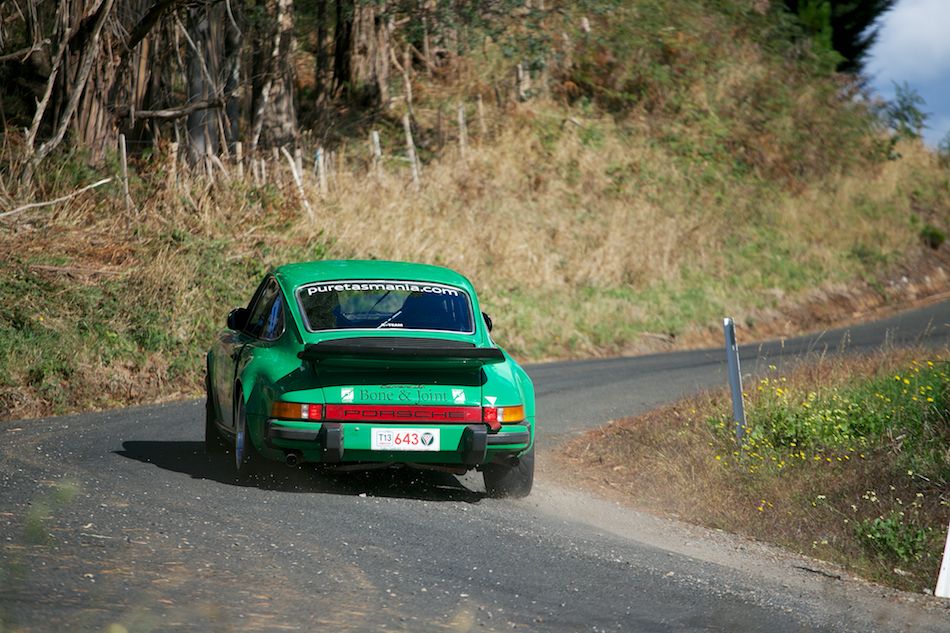 1977 Porsche 911 Carrera 3 [ EF 70-200mm 1:4 L ]