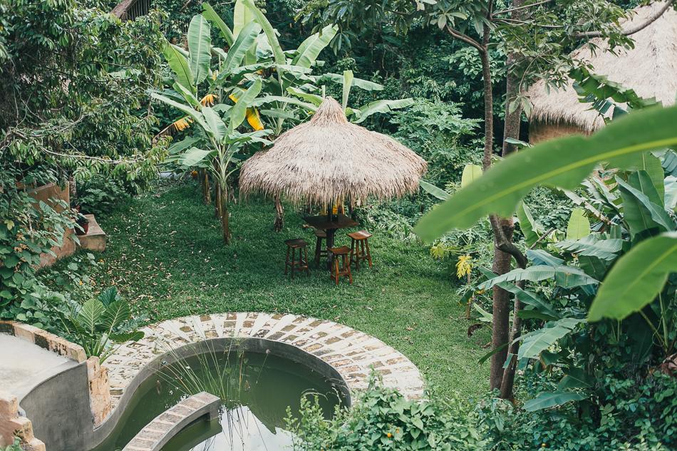 Garden Table [ Zeiss Planar T* 50mm 1.4 ZE ]