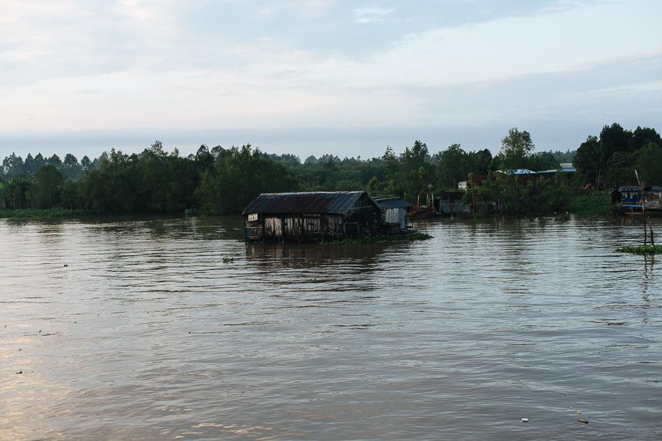 River Living [ Zeiss Planar T* 50mm 1.4 ZE ]