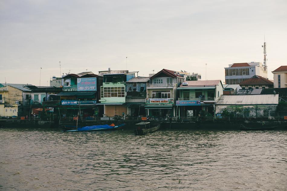 Trà Ôn Waterfront [ Zeiss Planar T* 50mm 1.4 ZE ]