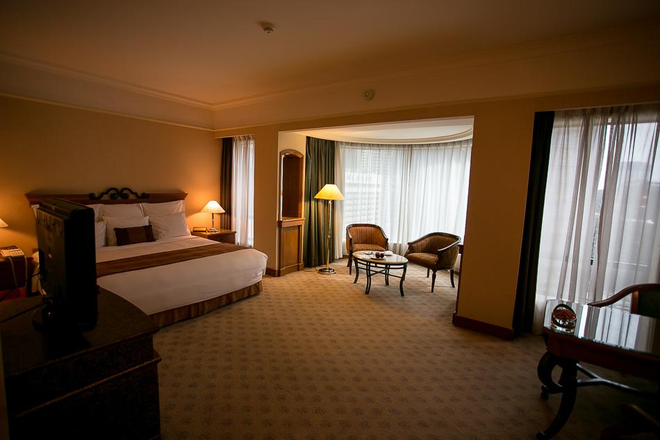 Renaissance Kuala Lumpur Room [ EF 17-40mm 1:4 L ]