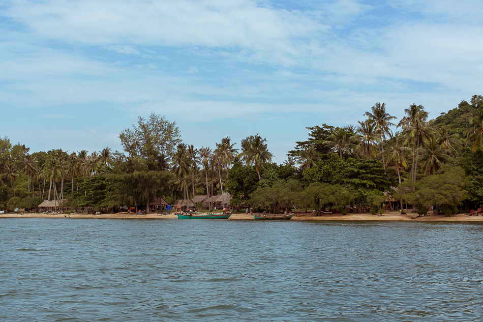 Leaving the Island [ Zeiss Planar T* 50mm 1.4 ZE ]