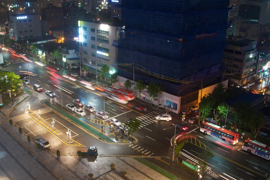 Traffic [ EF 24 - 105mm 1:4 L IS ]